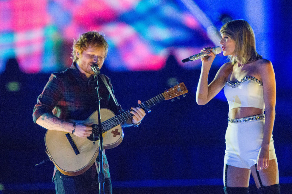 Watch Taylor Swift Perform Tenerife Sea With Ed Sheeran At